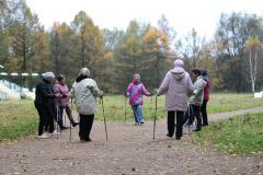 Клуб скандинавской ходьбы в Измайловском парке
